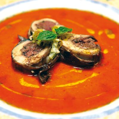 Involtino di pollo fegatini e melanzane in salsa di peperoni la madia travelfood - Osteria con cucina francesco angelini ...