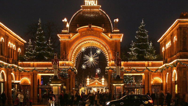 3-tivoli-gardens-in-copenhagen-denmark-photograph-www-travelot-co-uk