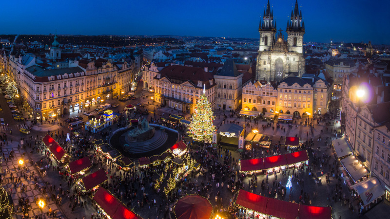 7-prague-old-town-square-christmas-market-photograph-flickr-maxunterwegs
