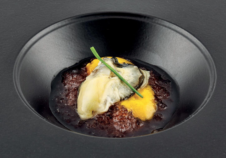 Ostrica mango e gelatina di campari la madia travelfood - Cucina molecolare sferificazione ...