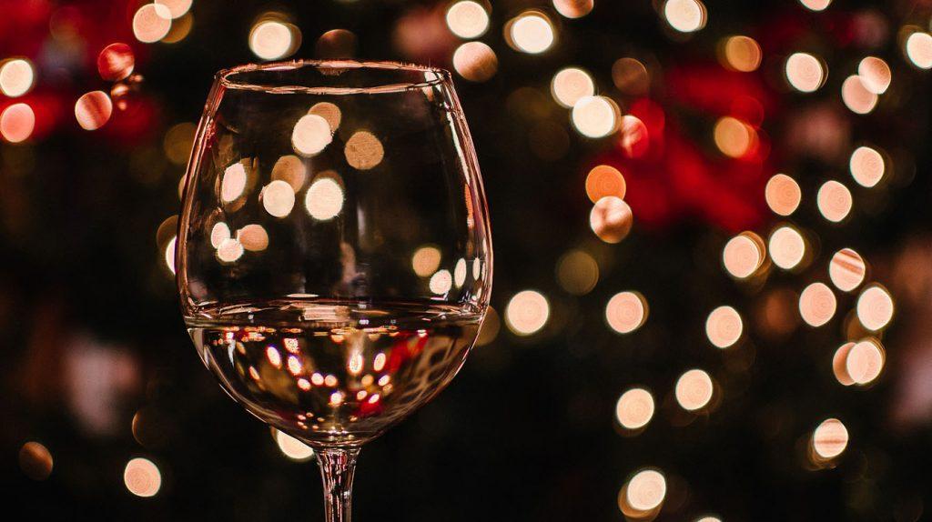 Vino: Fine anno senza brindisi per export italiano