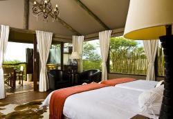 Windhoek-Game-Camp-Winhoek-Namibia