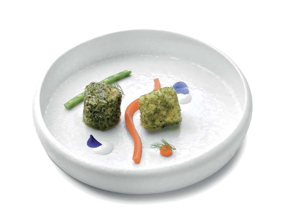 Rana pescatrice in crosta di menta e zenzero con carota e yogurt di bufala