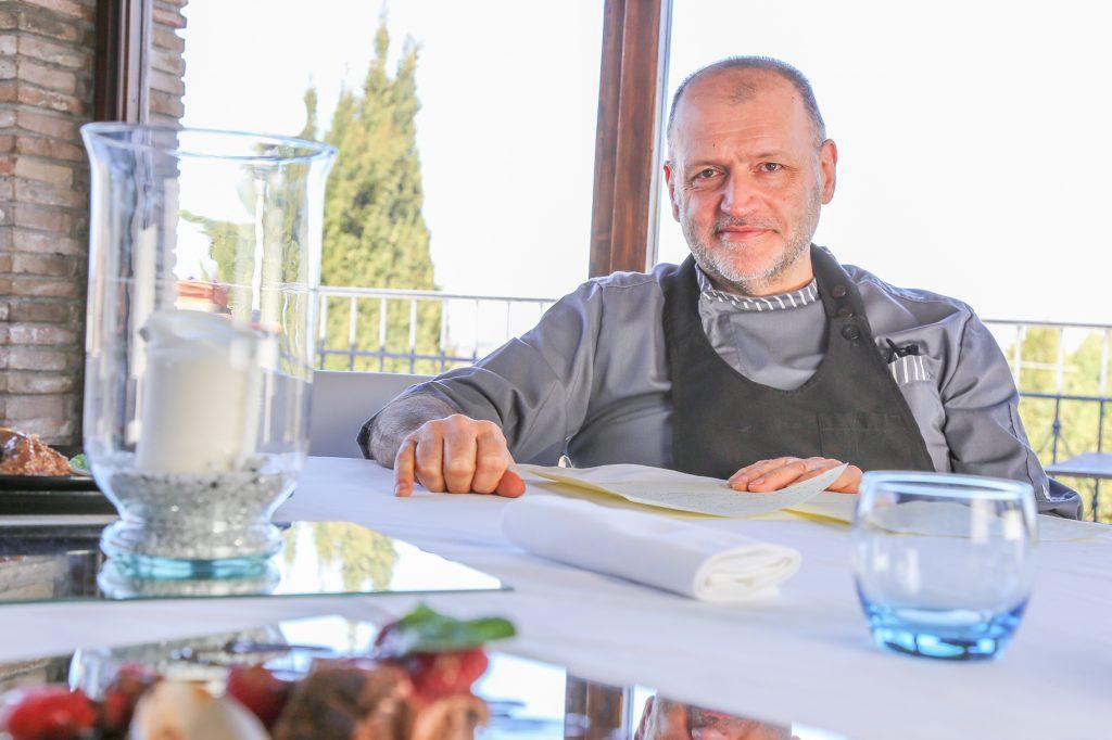 Lo storico ristorante I Tre Re guidato dallo chef Maurizio Salvigni si rende protagonista di una decisione epocale