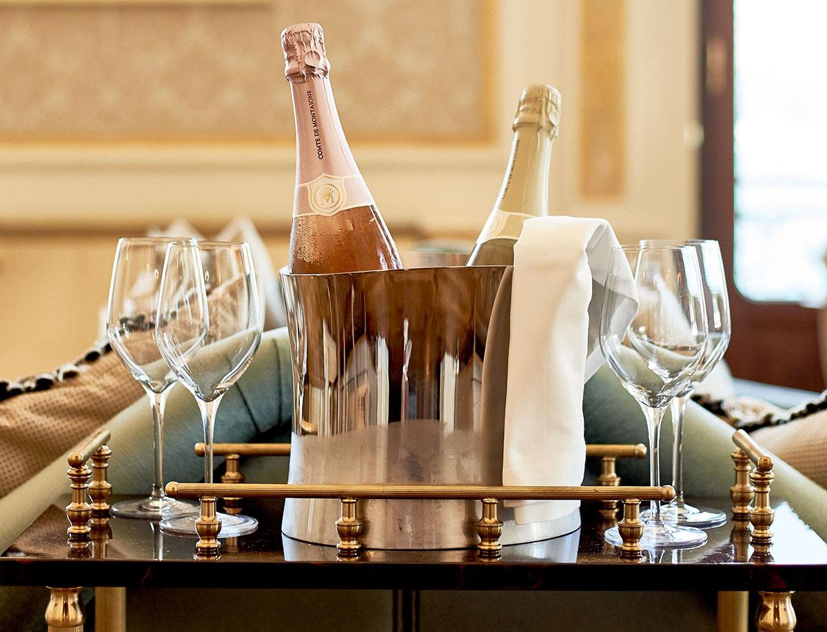 Come servire lo Champagne