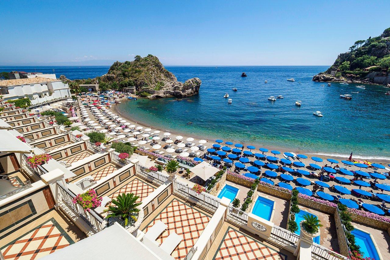 albergo sul mare