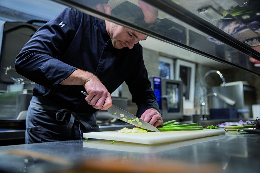 Chef-working-iCombi-Rational
