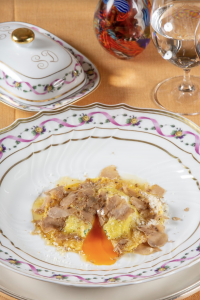 Uovo in Raviolo del ristorante San Domenico