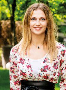 Anca Elena Buric - Inchiesta sul ruolo della donna in sala