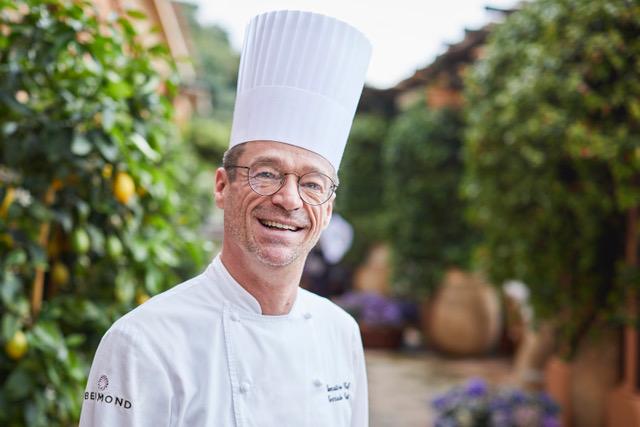 Lo chef Corrado Corti del Ristorante La Terrazza, Portofino. Luigi Taglienti ospite come chef per l'estate 2021
