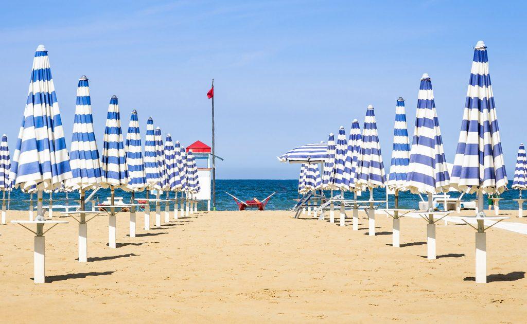 ombrelloni di spiaggia italiana