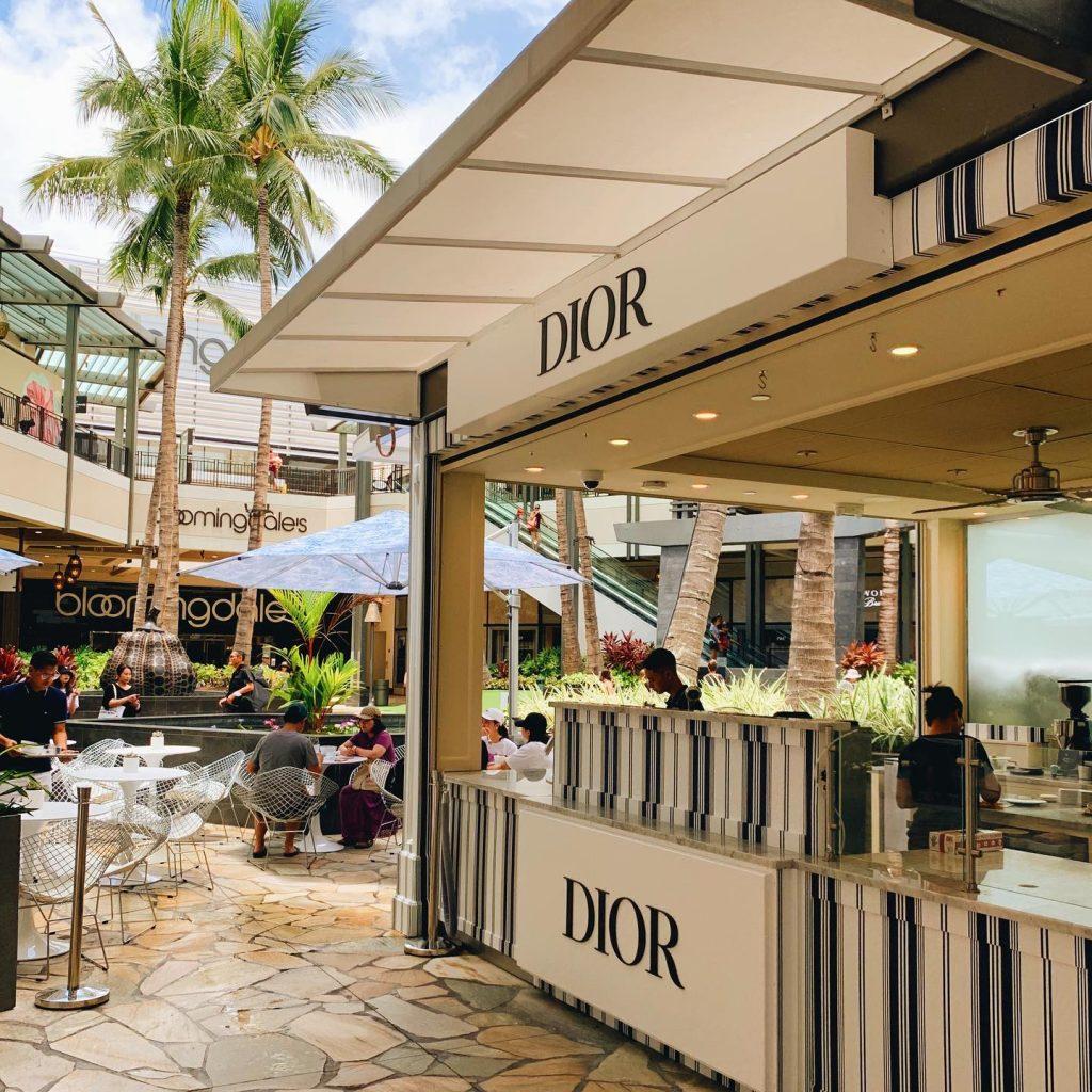 Apertura nuovo ristorante Dior a Parigi