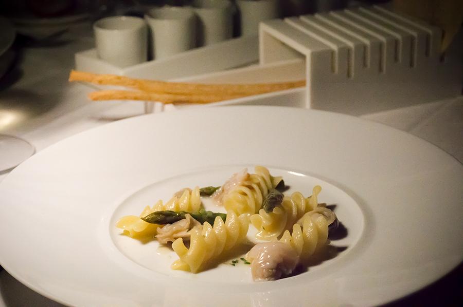 Elica con tartufi di mare parmigiano reggiano e basilico